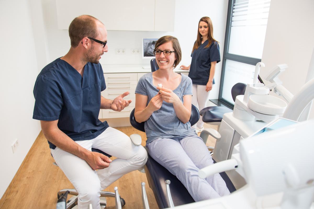 imlantant krone beim zahnarzt in bottrop